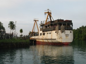 Image: Cargo vessel UMBOI operated by Lutheran Shipping towed my boat to within 50 meters of the Lae Yacht Club entrance.